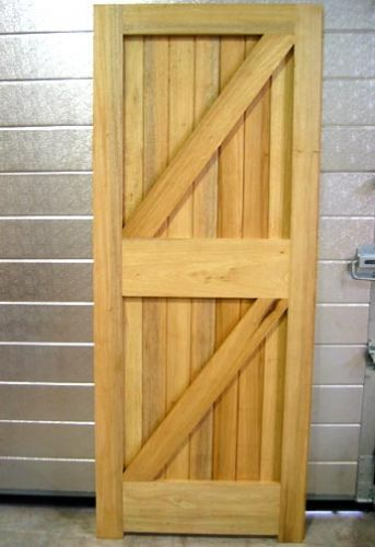 DOOR FLBS 78in x 33in x 44MM FRAME LEDGED BRACED & SHEETED 912414